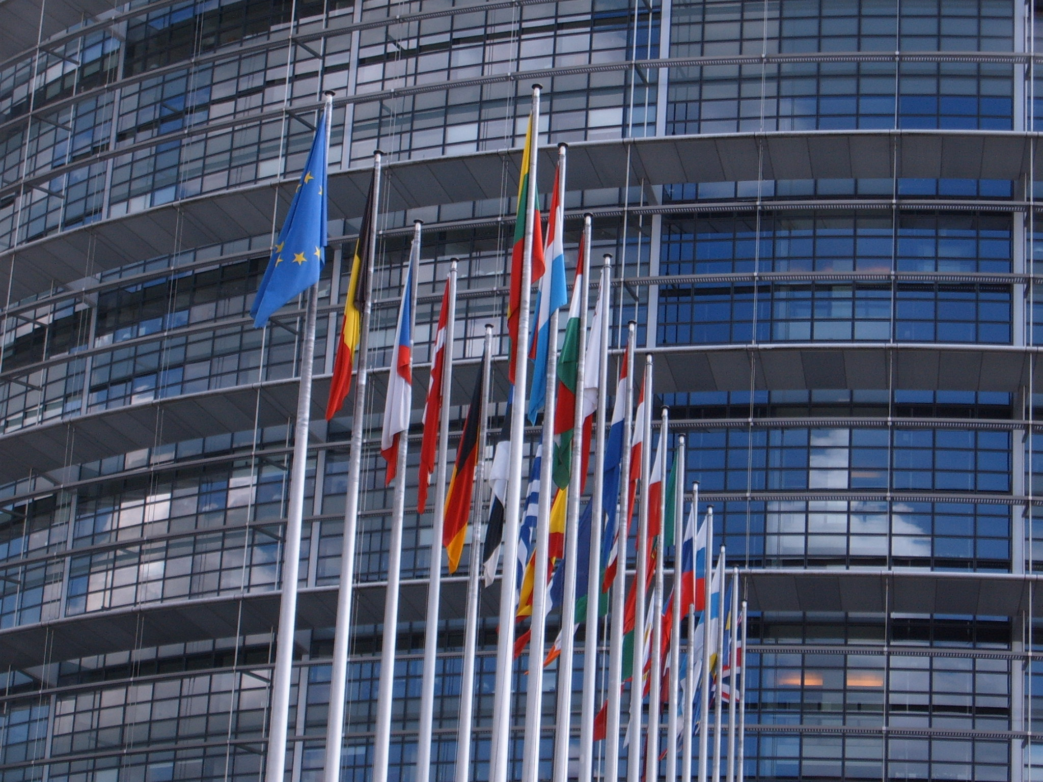 RELAY: joining forces to discuss the political guidelines of the European Commission