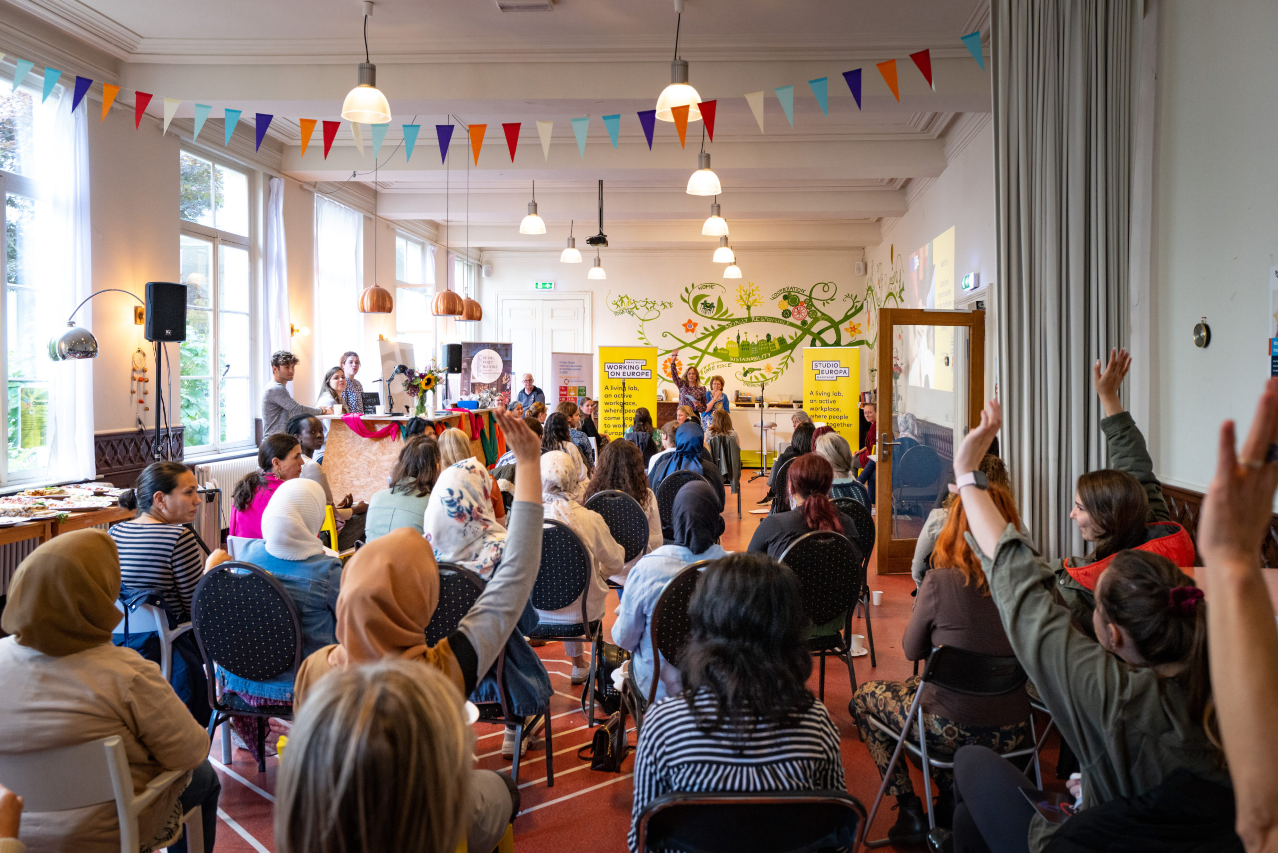 MEET-UP: women on the challenges of integrating in Limburg